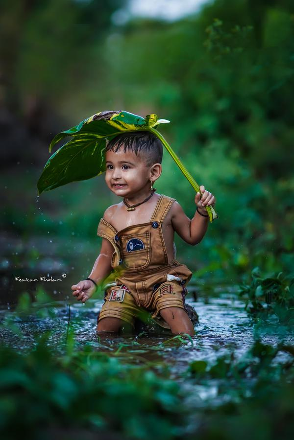 Image of Lawn ornament, Terrestrial plant, Grass, Natural landscape, Happy, Smile etc.