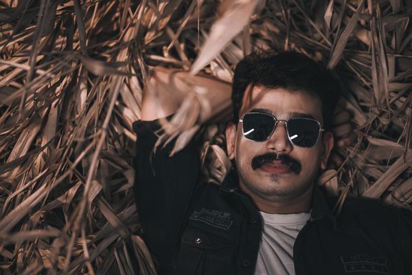 Image of Jaw, Flash photography, Eyewear, Sunglasses, Mouth, Goggles etc.