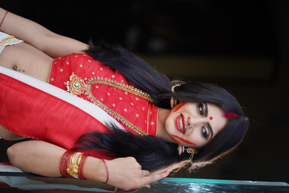 Image of Red, Lady, Beauty, Black hair etc.