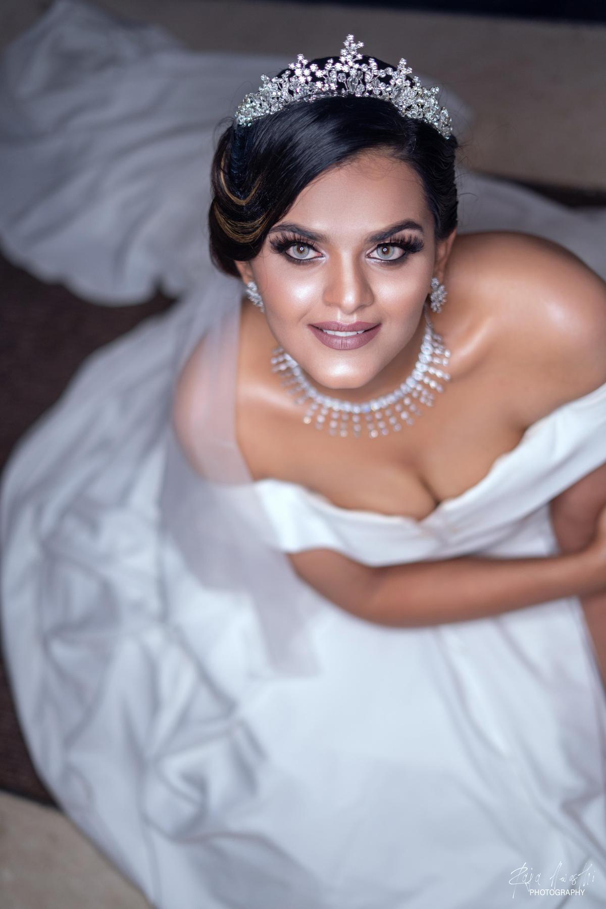Image of Hair, Headpiece, Bride, Photograph, Hair accessory, Bridal accessory etc.