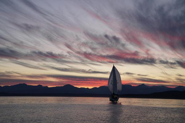 Image of Sky, Sailing, Sunset, Afterglow, Cloud, Horizon etc.