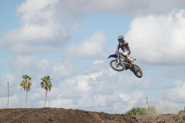 Image of Motocross, Freestyle motocross, Motorcycle, Motorcycling, Vehicle, Racing etc.