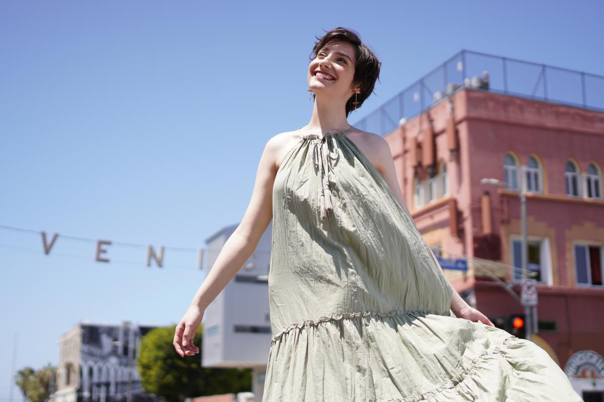 Image of White, Fashion, Daytime, Dress, Beauty, Fashion design etc.