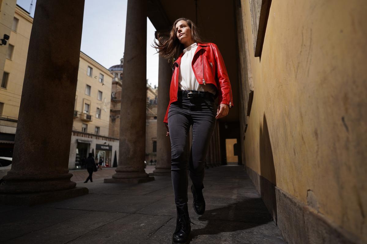 Image of Jeans, Clothing, Standing, Denim, Fashion, Snapshot etc.