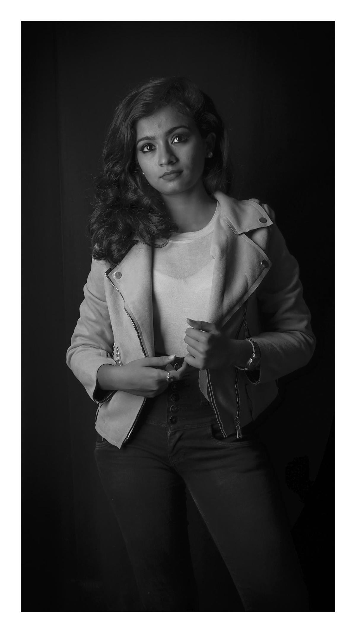 Image of Photograph, Black, White, Black-and-white, Beauty, Photo shoot etc.