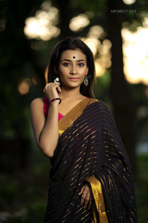 Image of Lady, Black, Beauty, Clothing, Photo shoot, Sari etc.