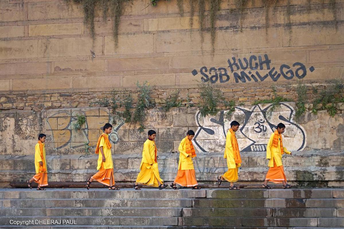 Image of Street art, Yellow, Wall, Art etc.