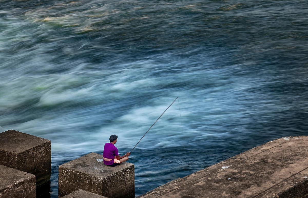 Image of Water, Fishing rod, Angling, Sky, Fishing, Rock fishing etc.