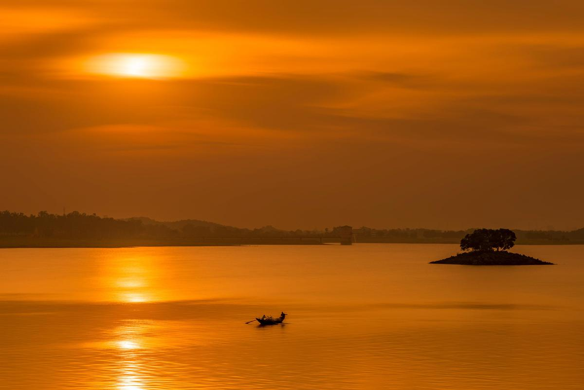 Image of Sky, Horizon, Body of water, Afterglow, Sunset, Nature etc.