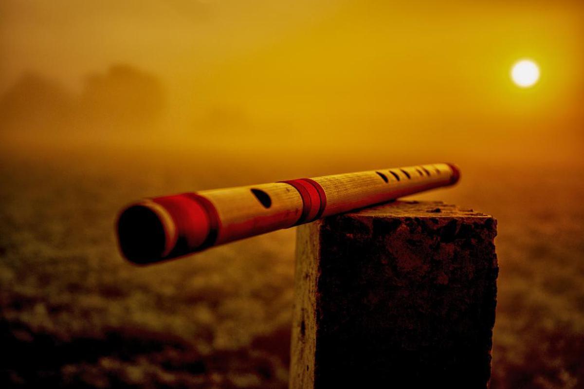 Image of Bansuri, Red, Flute, Frula, Sky, Shakuhachi etc.