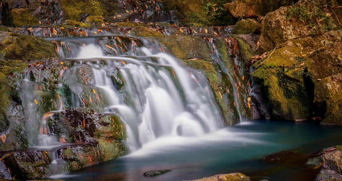 Image of Waterfall, Body of water, Natural landscape, Nature, Water resources, Water etc.