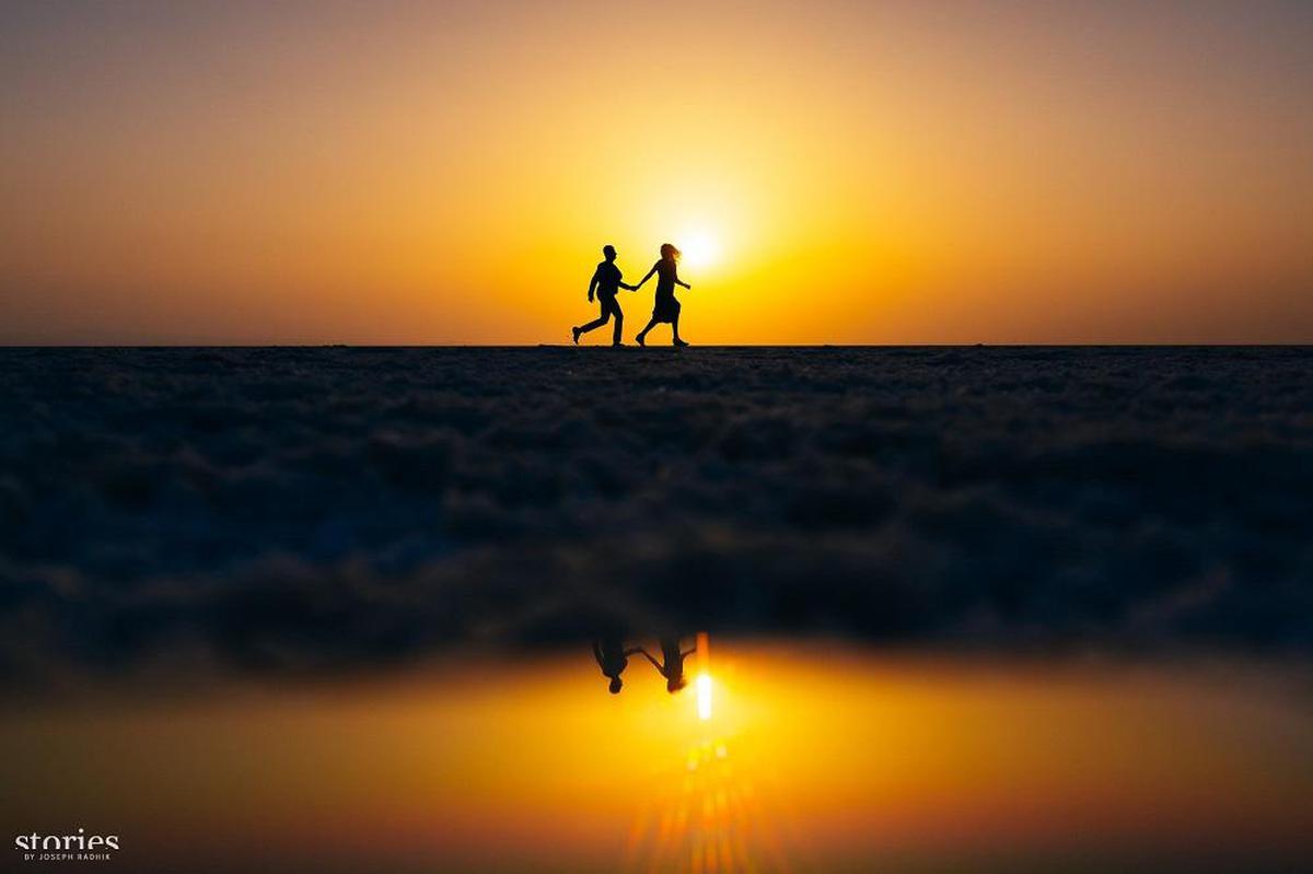 Image of Sky, People in nature, Horizon, Sunrise, Sunset, Sun etc.