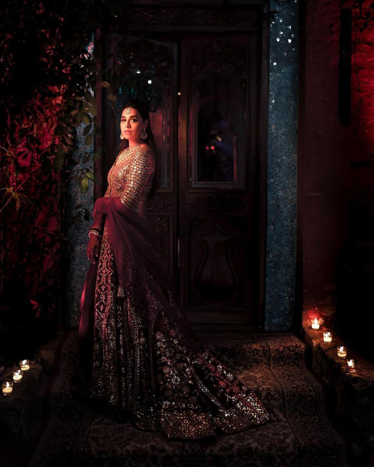 Image of Lady, Red, Dress, Darkness, Beauty, Light etc.