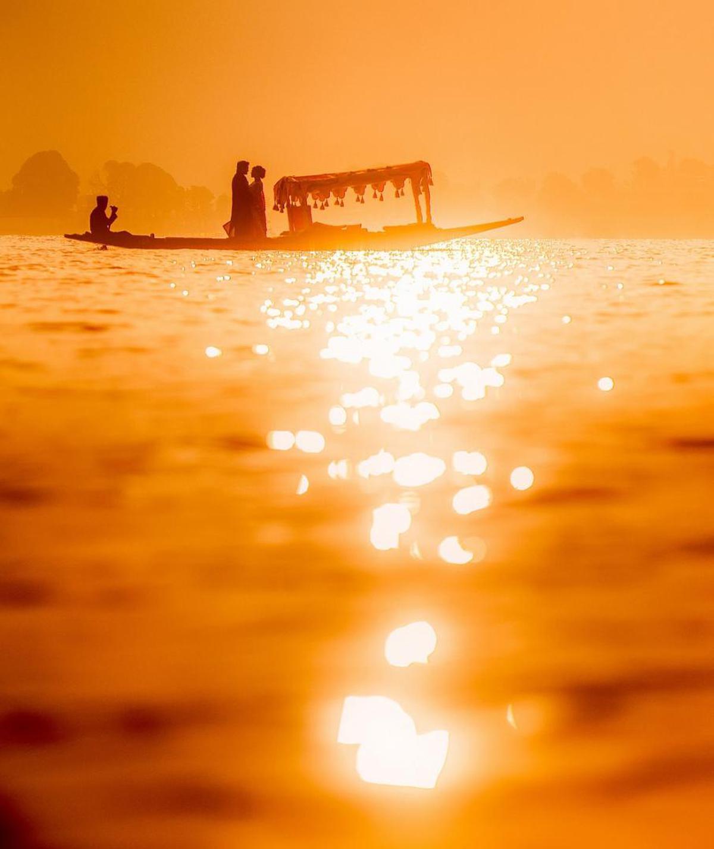 Image of Sky, Horizon, Orange, Calm, Sun, Yellow etc.