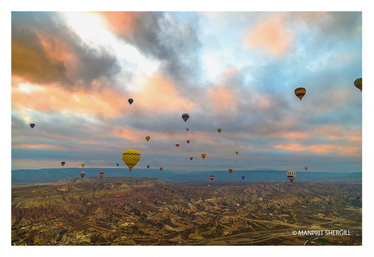 Image of Hot air ballooning, Hot air balloon, Sky, Cloud, Horizon, Balloon etc.