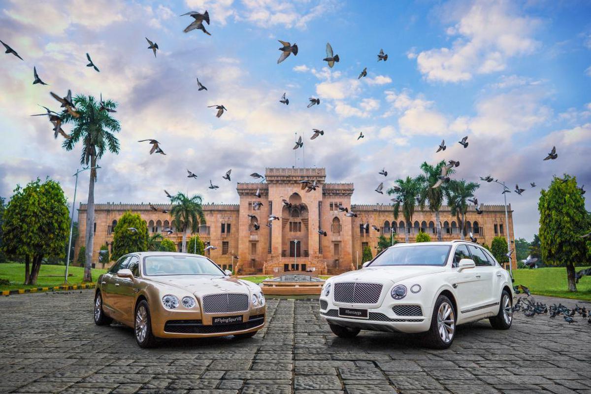 Image of Land vehicle, Vehicle, Car, Luxury vehicle, Bentley, Bentley mulsanne etc.