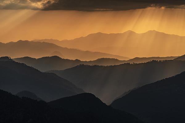 Image of Mountainous landforms, Sky, Mountain, Nature, Mountain range, Atmospheric phenomenon etc.