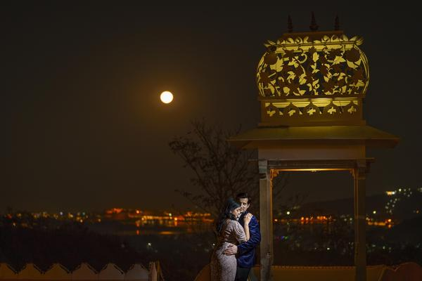 Image of Photograph, Sky, Night, Light, Lighting, Yellow etc.