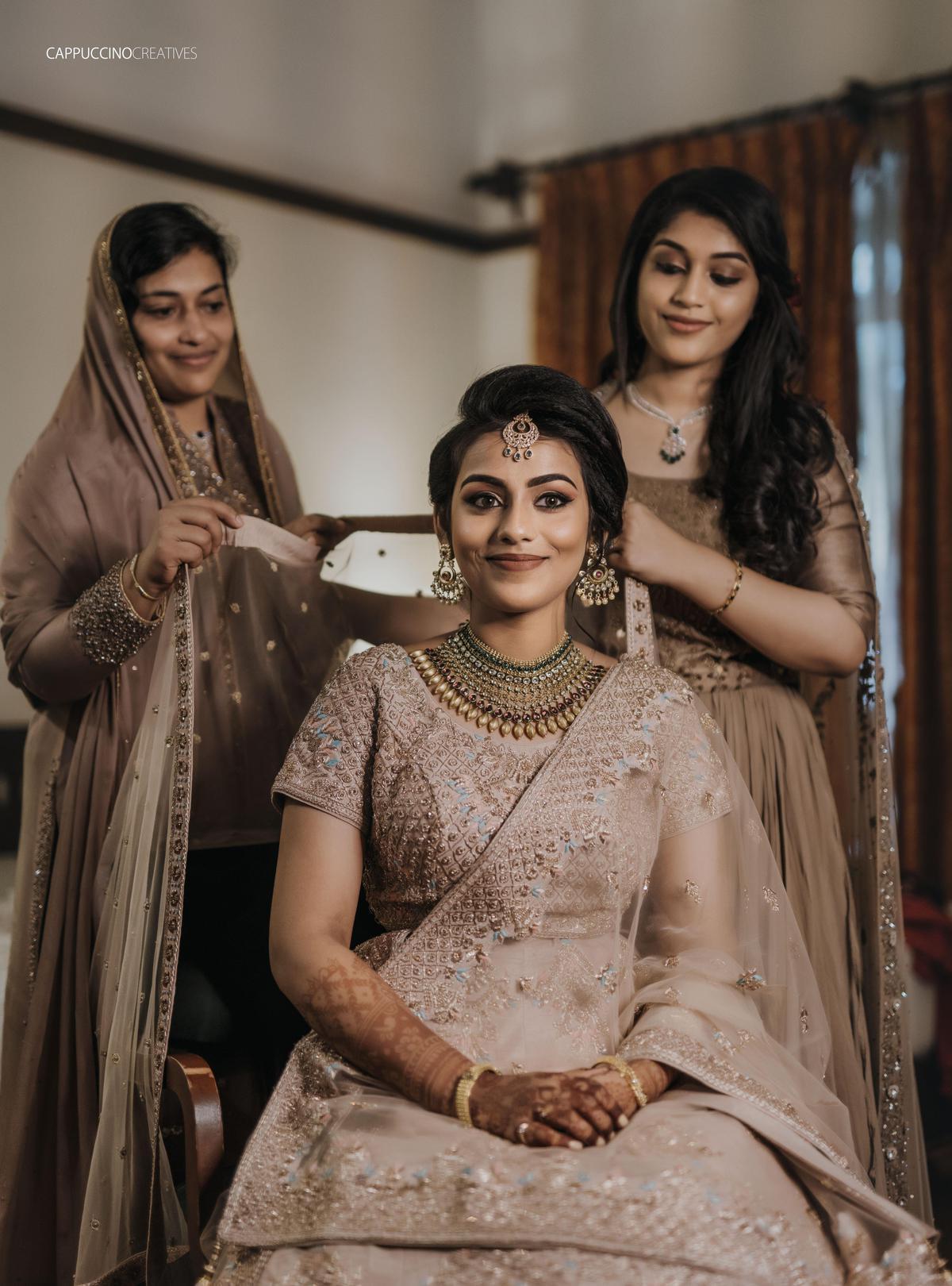 Image of Sari etc.