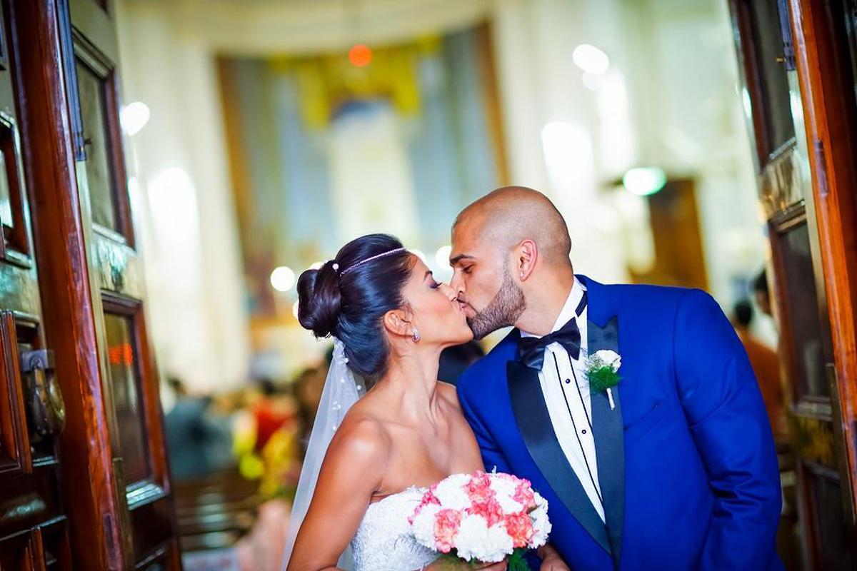Image of Photograph, Bride, Ceremony, Blue, Red, Wedding dress etc.