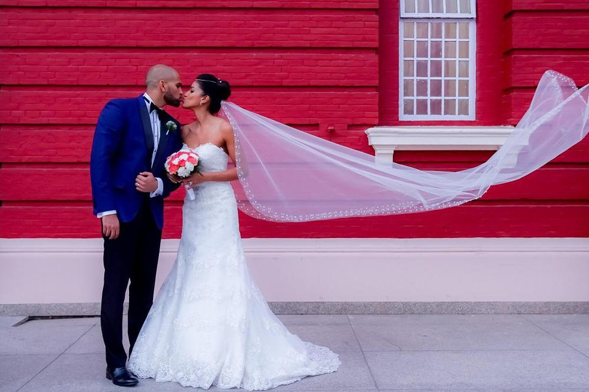 Image of Bride, Gown, Wedding dress, Veil, Photograph, Dress etc.