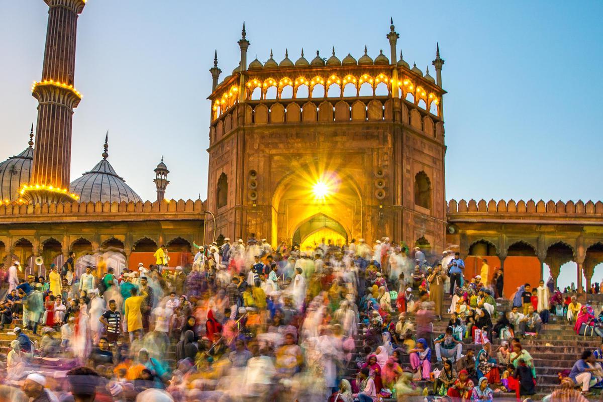Image of Landmark, People, Holy places, Worship, Place of worship, Pilgrimage etc.