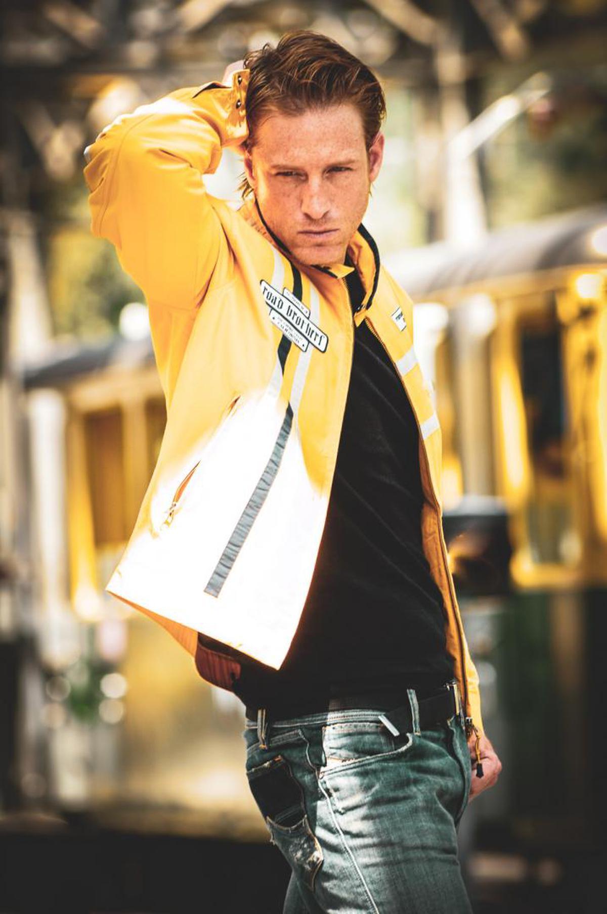 Image of Yellow, Street fashion, Shoulder, Fashion, Snapshot, Outerwear etc.