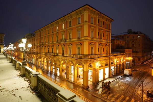 Image of Night, Landmark, Architecture, Town, Light, Building etc.