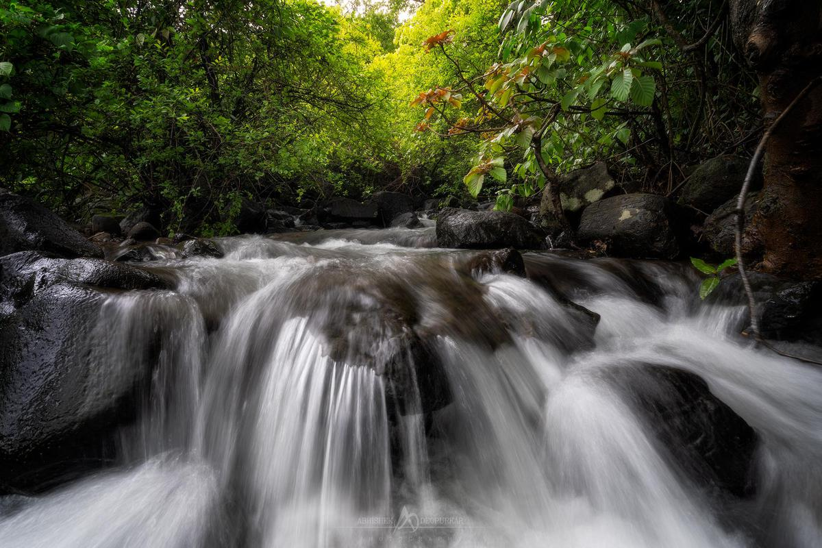 Image of Waterfall, Body of water, Water resources, Nature, Water, Natural landscape etc.