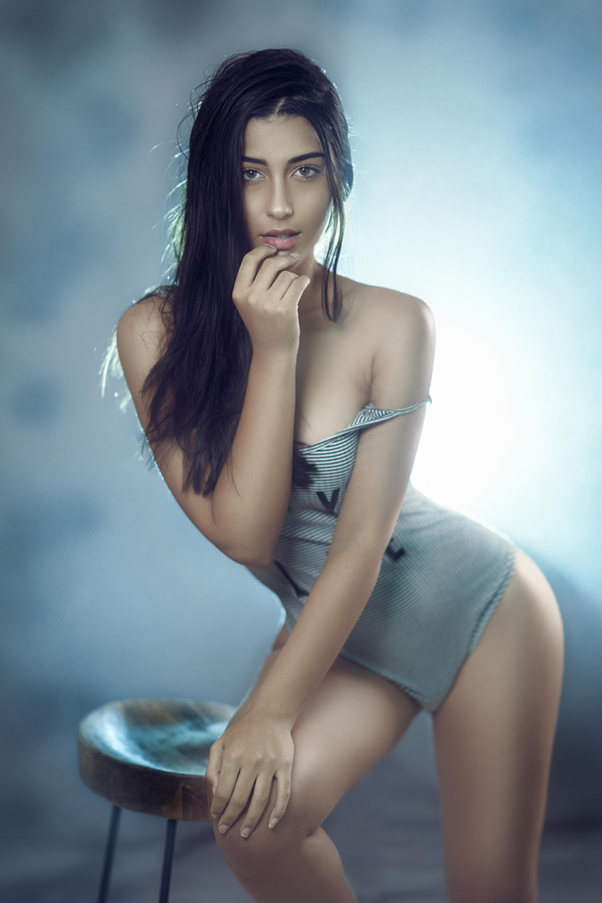 Image of Model, Clothing, Beauty, Skin, Human leg, Lip etc.