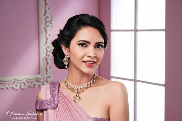 Image of Style, Purple, Fashion accessory, Eyelash, Eyebrow, Jewellery etc.
