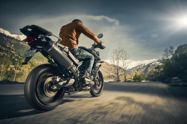 Image of Land vehicle, Motorcycle, Vehicle, Stunt performer, Motorcycling, Extreme sport etc.