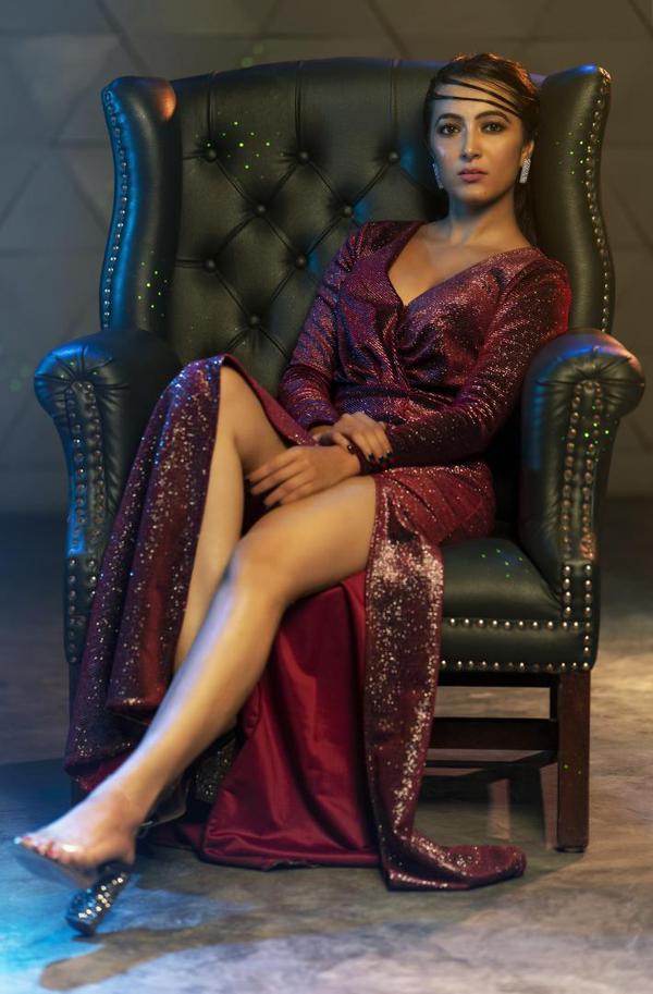 Image of Clothing, Lady, Sitting, Beauty, Purple, Leg etc.