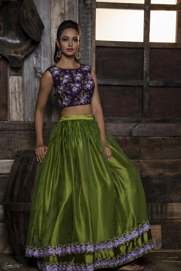 Image of Clothing, Green, Dress, Gown, Purple, Formal wear etc.