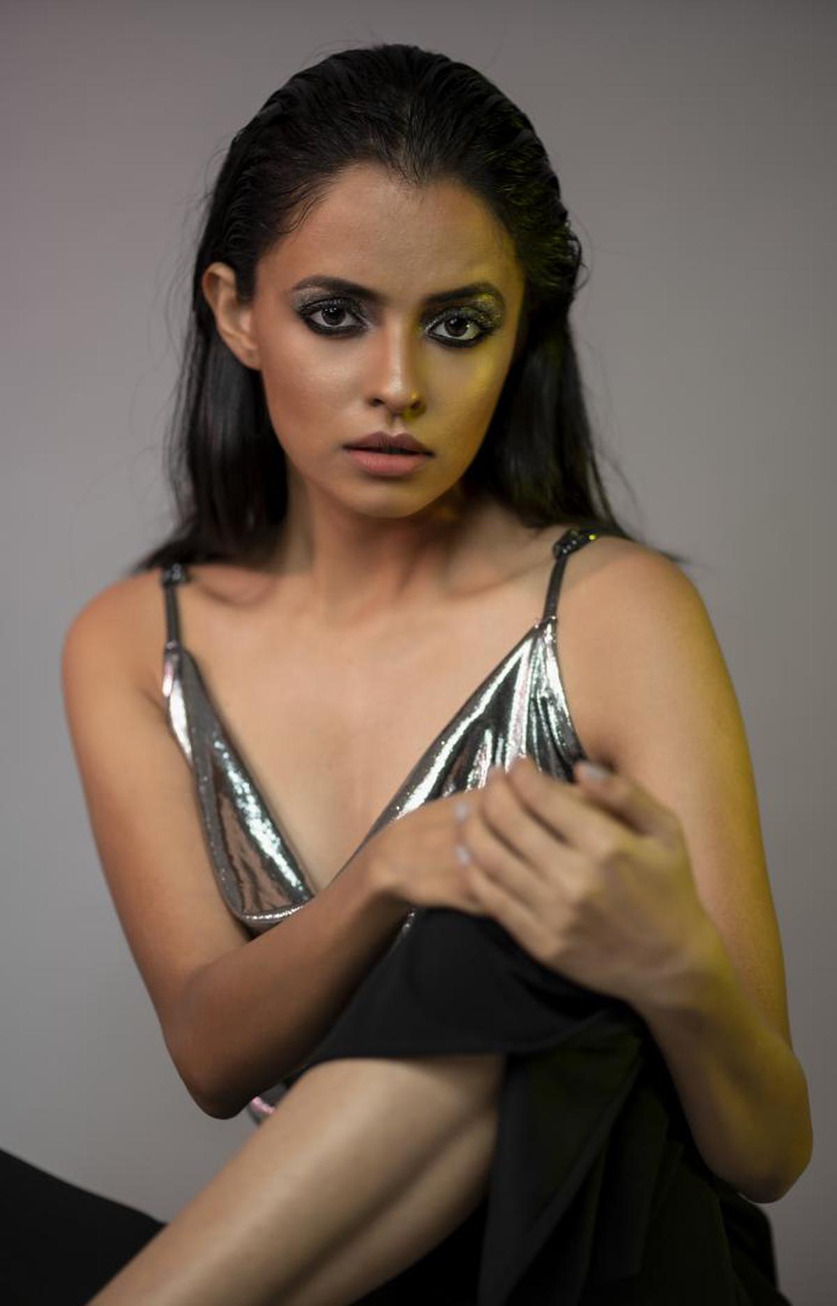 Image of Hair, Face, Photo shoot, Beauty, Lady, Model etc.