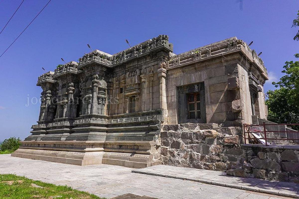 Image of Archaeological site, Ancient history, Architecture, Ruins, Temple, Historic site etc.