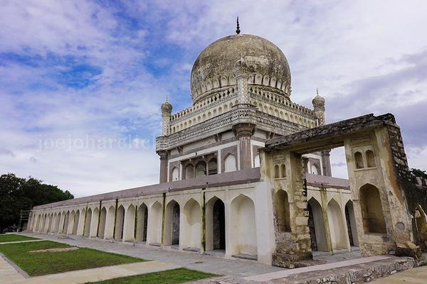 Image of Mausoleum, Byzantine architecture, Classical architecture, Historic site, Building, Architecture etc.