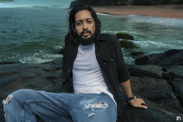 Image of Flash photography, Black, Beard, Organ, Photograph, Hairstyle etc.