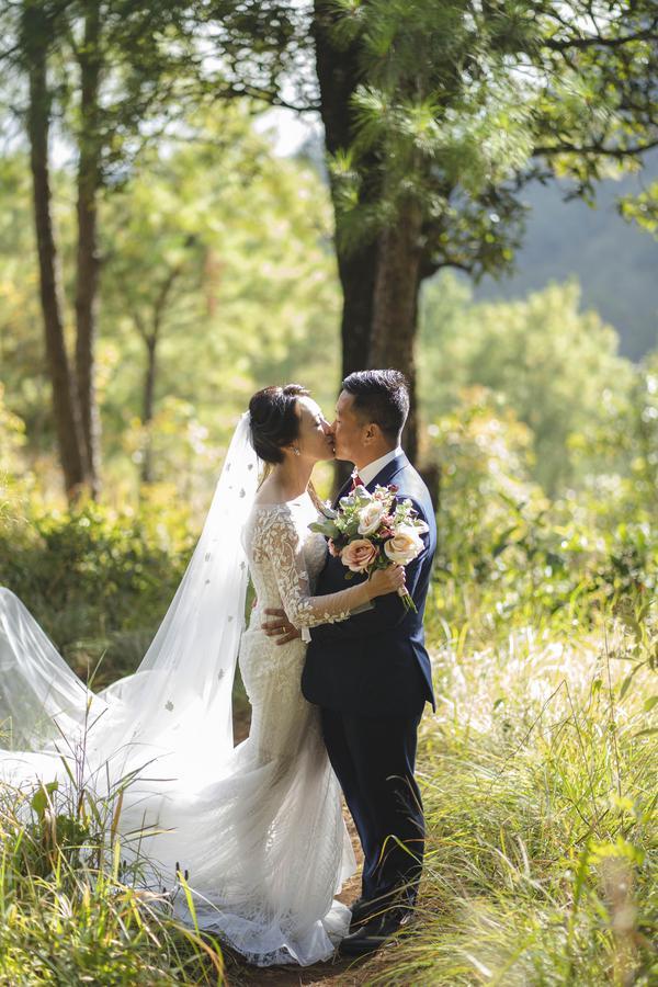 Image of Ceremony, Photograph, Wedding, Dress, Bride, Wedding dress etc.