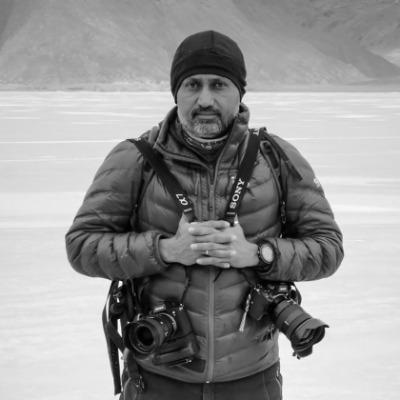 Manish Lakhani - Travel & Documentary Photographer